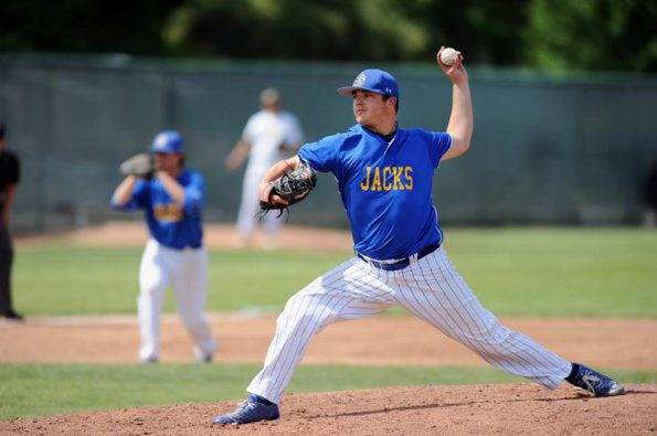 British Columbia's reigning 2X player of the year and 2014 Gold medal winning pitcher Shane Kraemer will be joining the Royals for 2016. Kraemer, a left handed Ace throws 88-92 MPH and has accumulated a record of 16-5 with a 1.74 ERA with a 186 strike outs in 157 innings over the past 3 seasons. He is 3-1 at the last 2 Baseball Canada Championships winning the Gold Medal in 2014 with a 13K, 7 inning complete game win over Ontario.