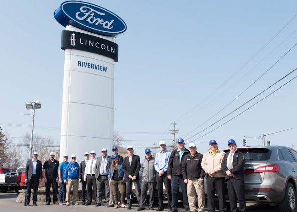2016 Baseball Canada Senior Men's Championship title sponsor Riverview Ford Lincoln sales team along with new Mayor Mike O'Brian